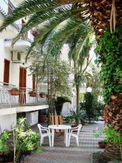 Graziosi bilocali con balcone o giardino si animali - Alba Adriatica